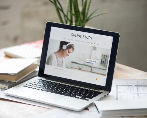 E-learning – Phương pháp học tập trực tuyến xu thế của giới trẻ