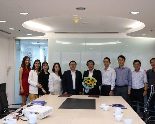 Lễ ký kết hợp tác giữa Trường Đại học Kinh tế – Luật và Công ty TNHH Beowulf Việt Nam